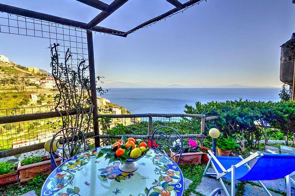 Amalfi Lemon House