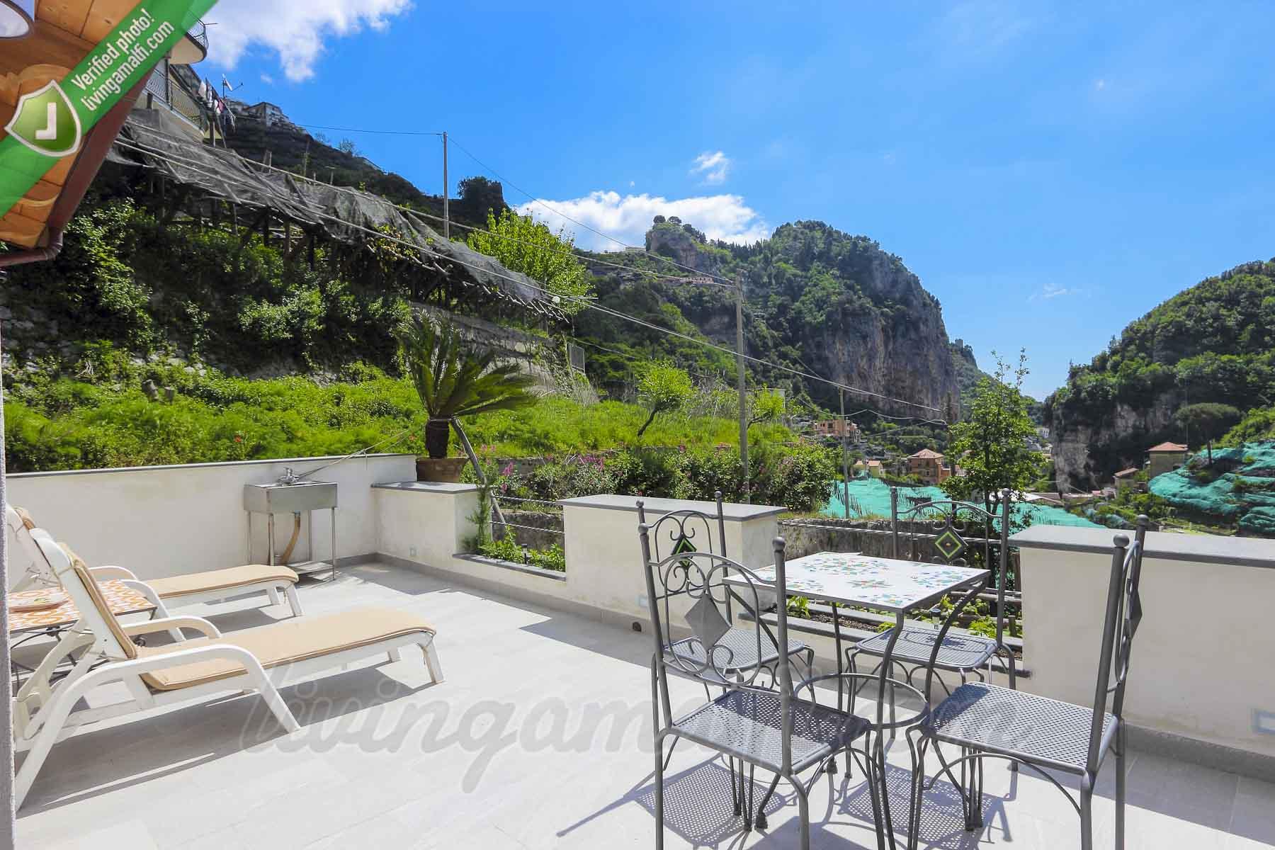Amalfi Vineyard House